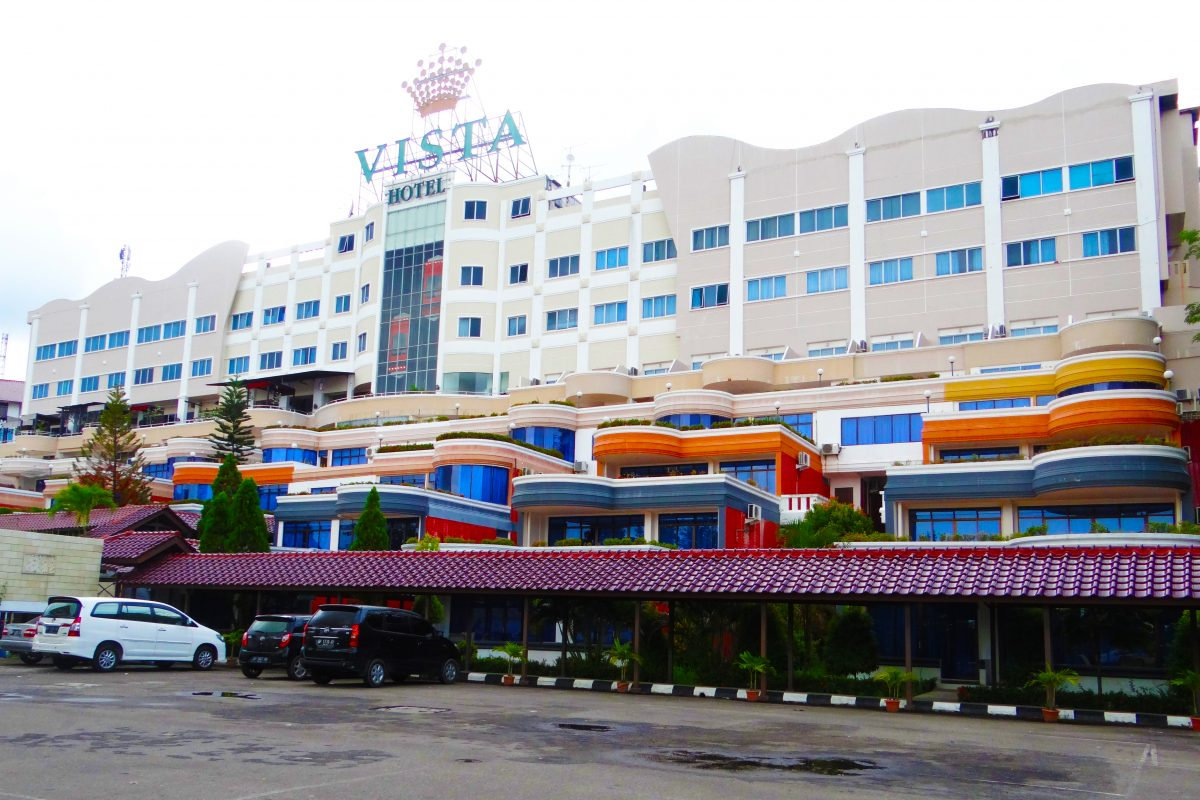 Hotel Crown Vista