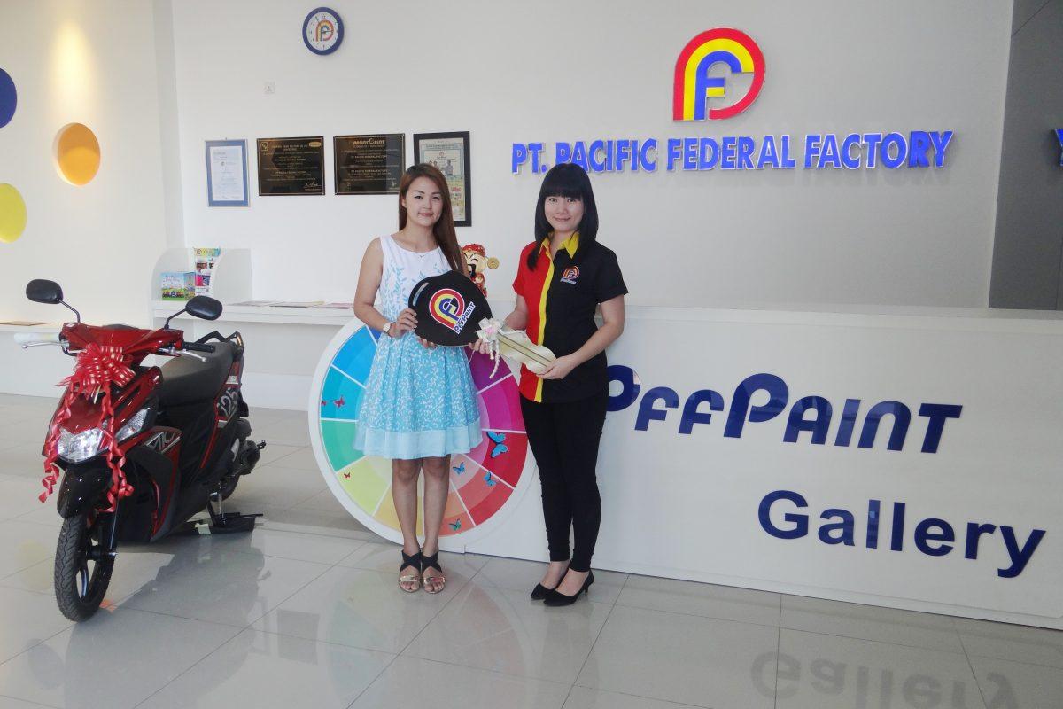 Pemenang Lucky Draw ke-13 Periode Maret 2017 – Ibu Rinah (TPI)