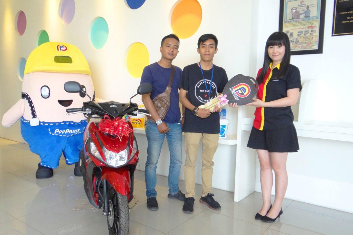 Pemenang Lucky Draw Ke – 14 Periode September 2018 – Ibu Handayani (TPI)